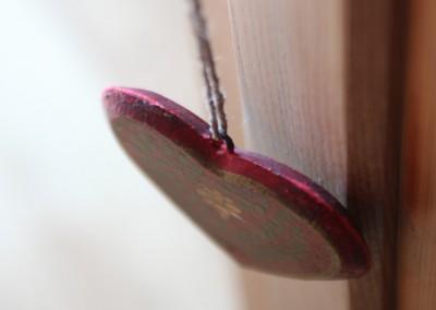 Jeanne-coeur en bois